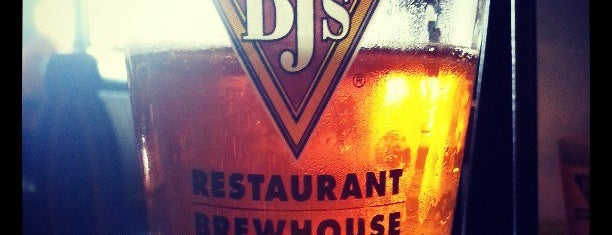 BJ's Restaurant & Brewhouse is one of CA Inland Empire Breweries.