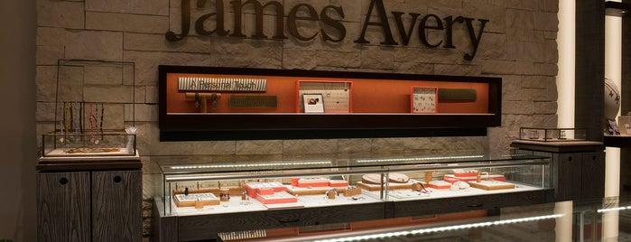James Avery Artisan Jewelry is one of สถานที่ที่ Thomas ถูกใจ.