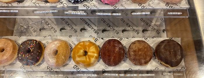 Blackbird Donuts is one of Boston 2018/19.