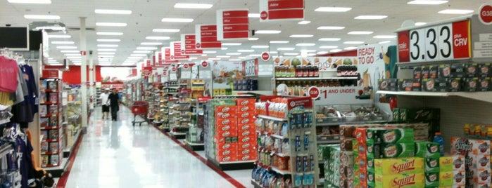 Target is one of สถานที่ที่ Karen ถูกใจ.