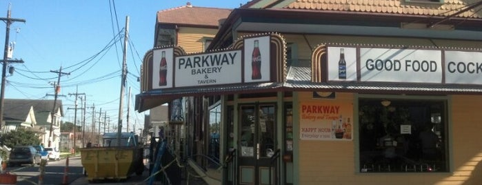 Parkway Bakery & Tavern is one of Gnarlins.