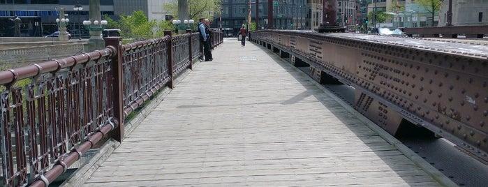 Irv Kupcinet Bridge is one of Bridges.