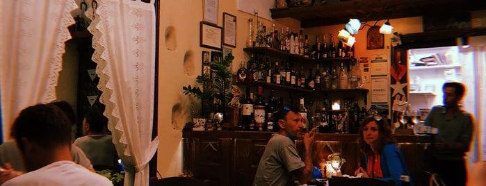 Candouni is one of Santorini 🇬🇷.