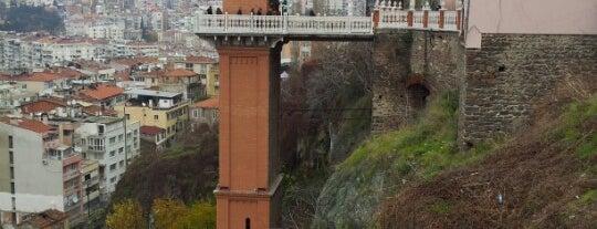 Tarihi Asansör is one of Turkey Recs.