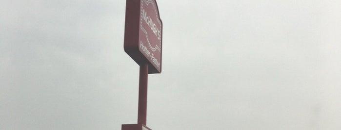 McHugh's Double Drive-Thru is one of สถานที่ที่บันทึกไว้ของ Kirisa.