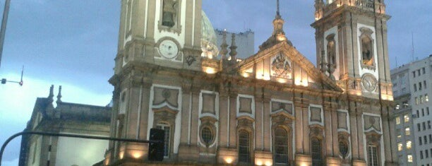 Igreja Matriz Nossa Senhora da Candelária is one of Posti che sono piaciuti a Clau.