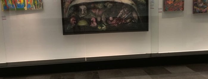 Galería de Arte Tren Ligero is one of Lieux qui ont plu à Teresa.