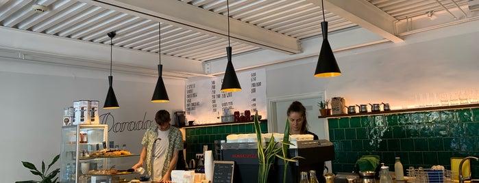 Dorado Café is one of สถานที่ที่ David ถูกใจ.