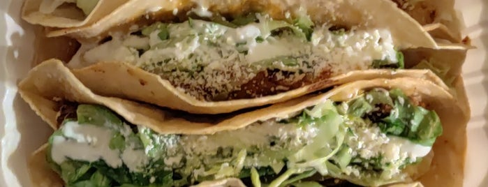 Quesadillas Cart is one of Queens - West To Do's.