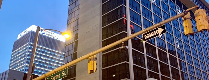 Downtown Memphis is one of Orte, die Fernando gefallen.