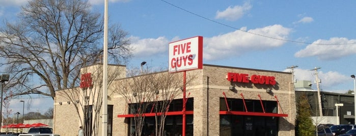 Five Guys is one of Lugares guardados de Gordon.