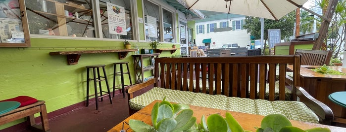 Date & Thyme Organic Cafe, Juice Bar & Market is one of vegan.