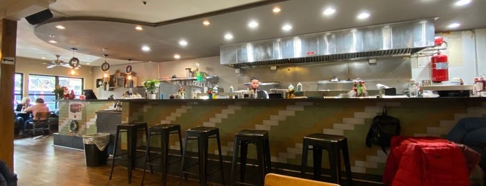 Kitchen Sunnyside is one of Locais curtidos por Luke.