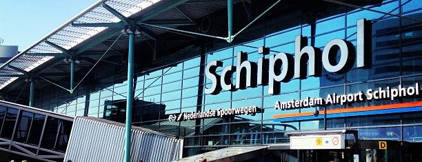 Amsterdam Schiphol Havalimanı (AMS) is one of Airports Europe.