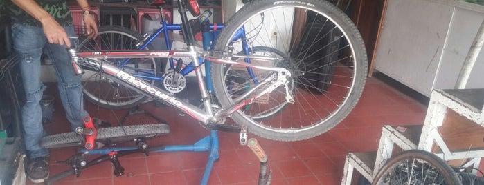 Casa ciclista GDL en bici is one of Donde he estado en mi bici.