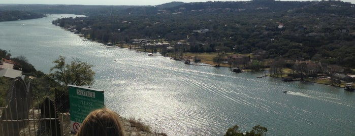 The Cliffs over Lake Austin is one of Tempat yang Disimpan Carl.
