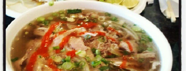 Pho 7 is one of Bryonさんのお気に入りスポット.