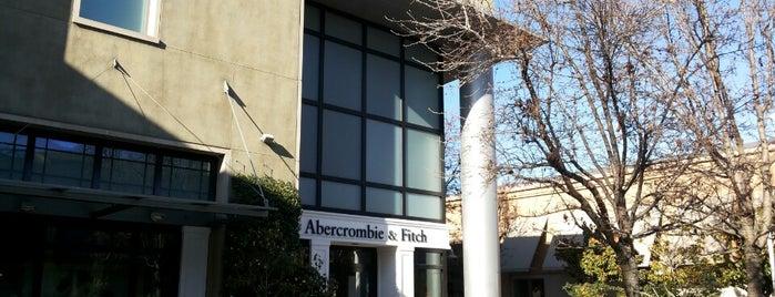 Abercrombie & Fitch is one of Posti che sono piaciuti a Daniel.