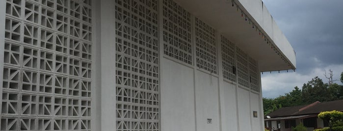 Masjid Permaisuri is one of masjid.