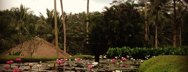 Four Seasons Resort Bali at Sayan is one of Hotels you shouldn't miss.