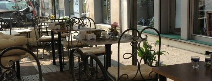 Grey Cafè is one of Caffe/ Gelateria.
