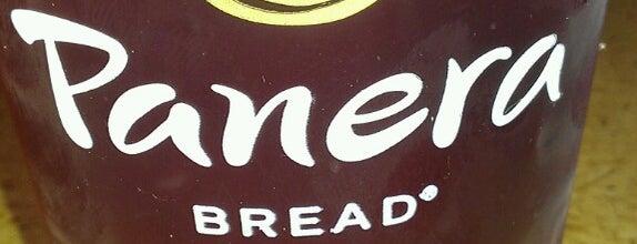 Panera Bread is one of Lugares favoritos de Ethan.
