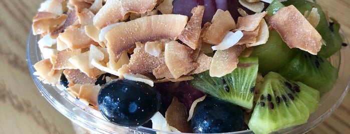 Berry Divine Acai Bowls is one of AZ.