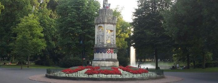 Nassaumonument is one of Breda.
