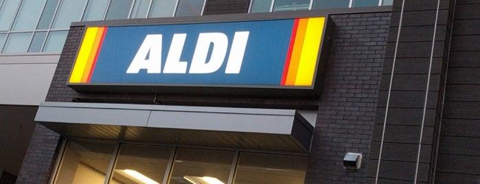 ALDI is one of Tempat yang Disukai Ben.