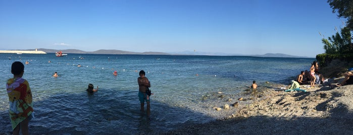 Korsan Plajı is one of Orte, die İpek gefallen.
