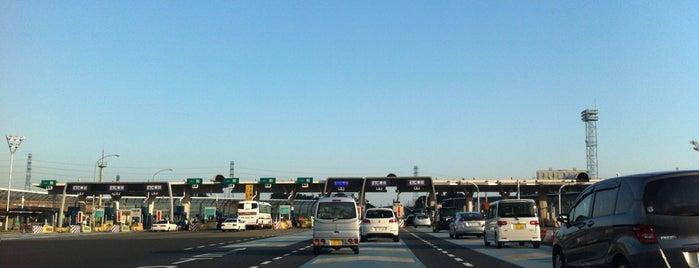 新座料金所 is one of 関越自動車道.