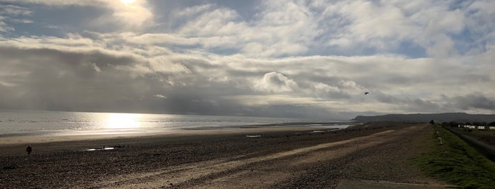 Winchelsea Beach is one of Camber.