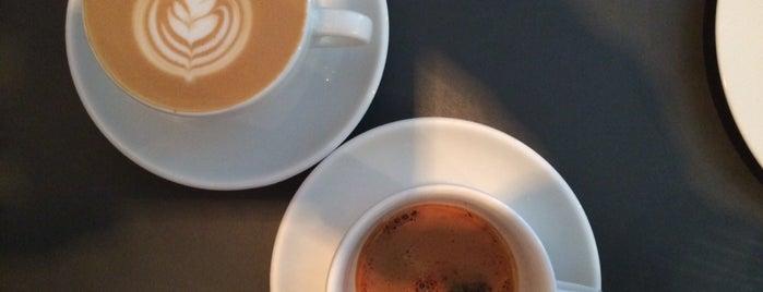 Bonanza Coffee is one of Locais curtidos por Adolfo.