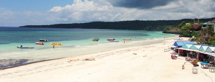 Pantai Tanjung Bira is one of Lugares favoritos de escaflowne.