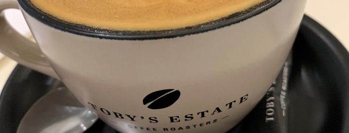 Toby's Estate Coffee Roasters is one of Locais curtidos por Shank.