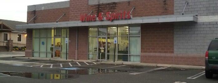 PA Wine & Spirits is one of Samantha : понравившиеся места.