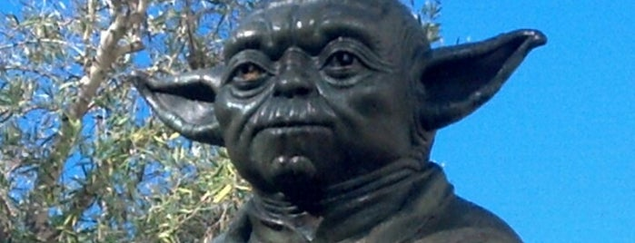 Yoda Fountain is one of Posti salvati di Chris.