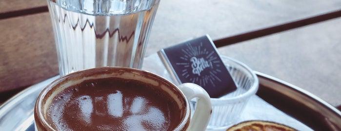 BearBee Design & Coffee is one of #kahvemtermosta mekanları.