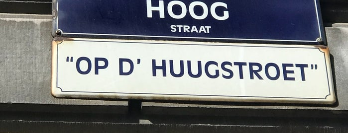 Hoogstraat / Rue Haute is one of Lugares favoritos de Nathalie.