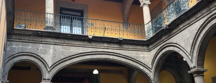 Archivo Historico De La Ciudad De Mexico is one of Locais salvos de Rocio.