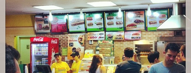 Subway is one of Lugares favoritos de Jacqueline.