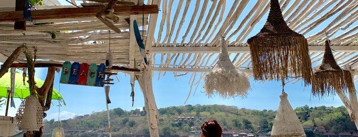 Sea Breeze Bar & Restaurant is one of Irina : понравившиеся места.