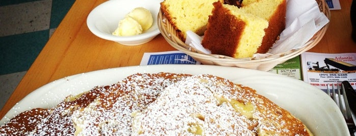 Country Pancake House is one of Foodin': NJ.