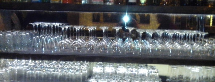 The Follow Bar is one of Locais salvos de Konstantina.