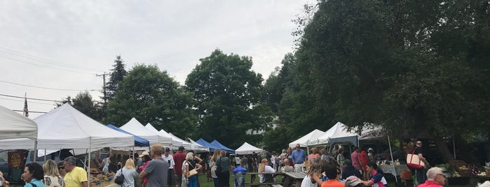 Londonderry Farmers Market is one of Posti salvati di Allie.
