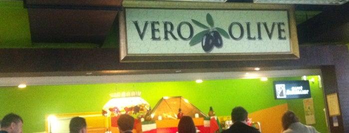Vero Olive is one of สถานที่ที่ Vladimir ถูกใจ.