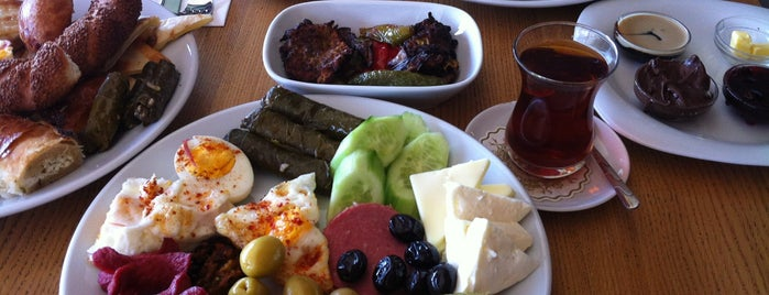 Hacı Sayid Bahçeşehir is one of Bahçeşehir Mekanlar.