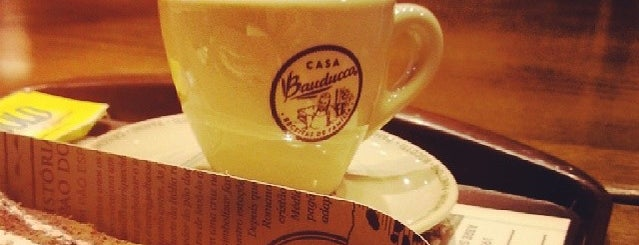 Casa Bauducco is one of Lanches.