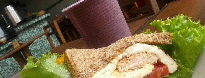 Café Pomar is one of Locais curtidos por Cledson #timbetalab SDV.