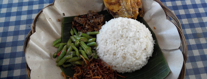 RM. Cahaya Nasi Balap Puyung is one of LOMBOK.